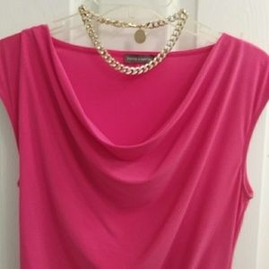 VINCE CAMUTO DRAPE. RUCHED TOP SIZE S